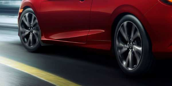 2019 Honda Civic Coupe Exterior Driver Side Wheels