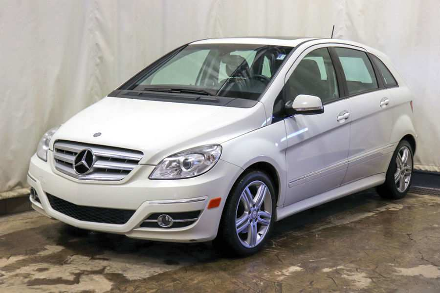 Used 2009 Mercedes-Benz B200 Turbo Exterior Driver Side Front Profile