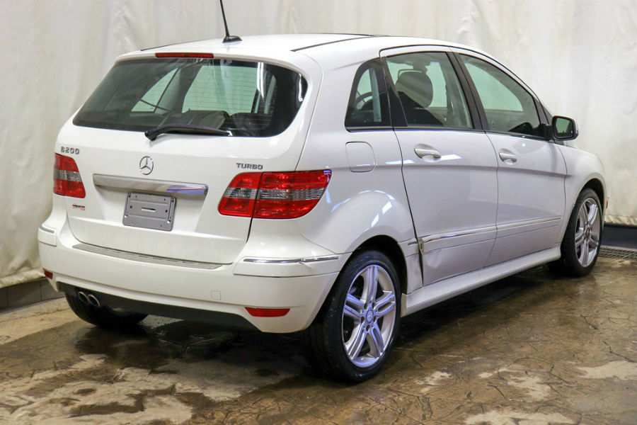 Used 2009 Mercedes-Benz B200 Turbo Exterior Passenger Side Rear Profile